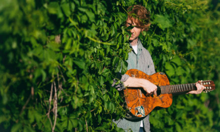 VIDEO : Richard Reed Parry annonce un nouvel album solo « Quiet River of Dust Vol. 1 »