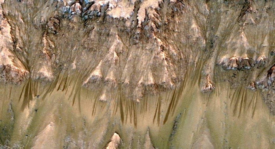 De l'eau sur la planète rouge : une chronique martienne