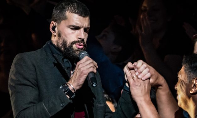 VIDEO : The One Hour for KING & COUNTRY Christmas Concert Phoenix AZ