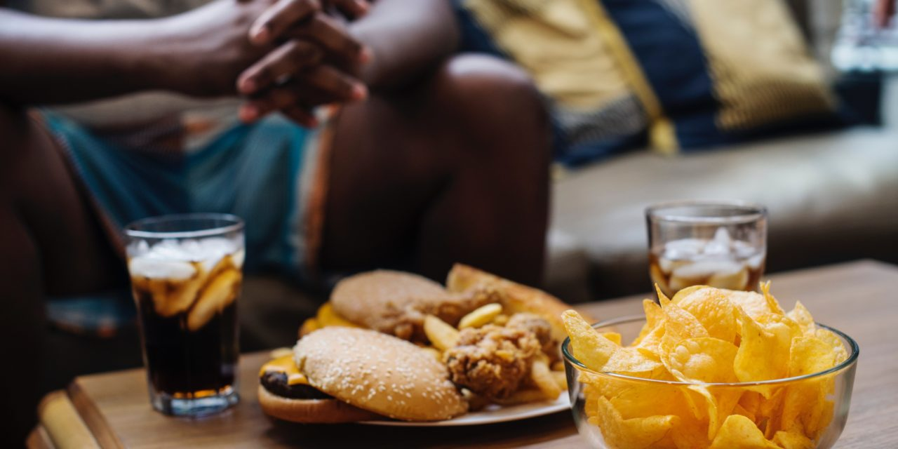 Pourquoi certaines personnes mangent trop quand elles sont contrariées