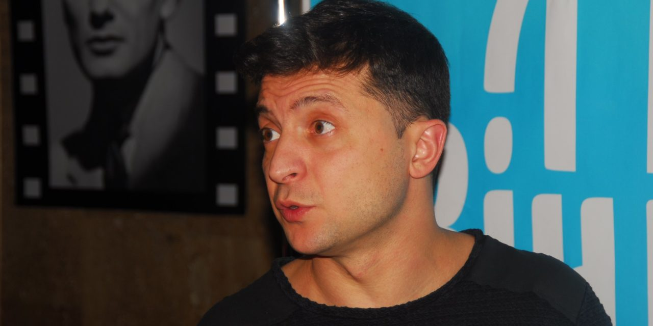 Présidentielle en Ukraine : les défis du novice Zelenski