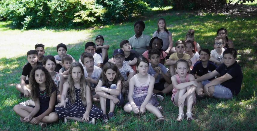 VIDEO : «2100» : une chanson imaginée par des enfants pour éveiller les consciences sur l'urgence d'agir en faveur de la planète.
