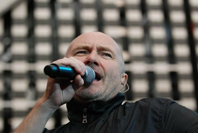 CONCERT : Phil Collins – Finally…The First Farewell Tour Paris (2004)