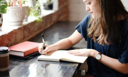 Écrire ses notes : un excellent moyen de renforcer la mémoire